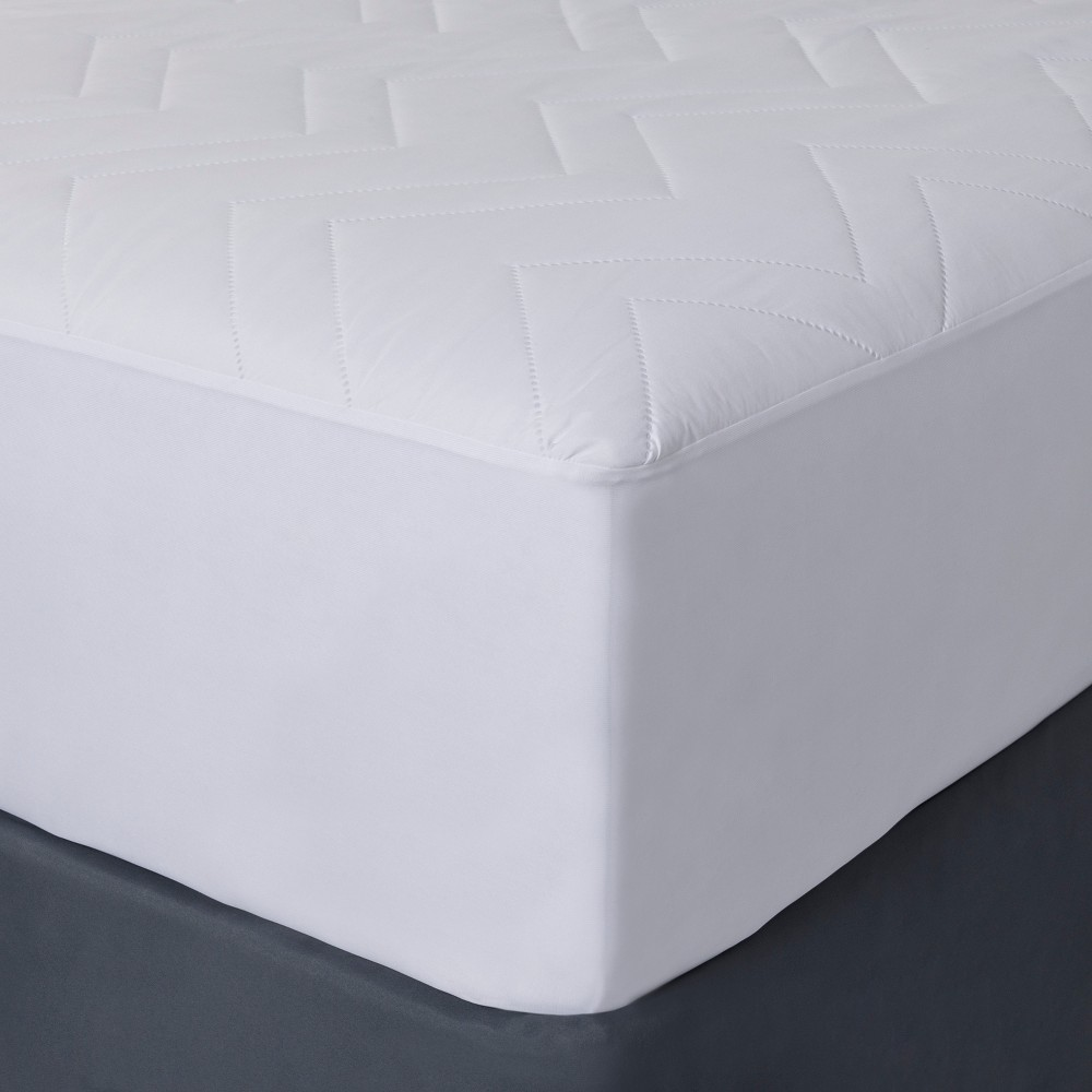 Mattress Pad (Twin) - Room Essentials, White