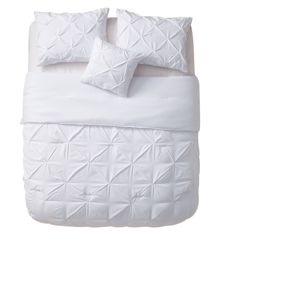White Nilda Comforter Set (Queen) - Vcny