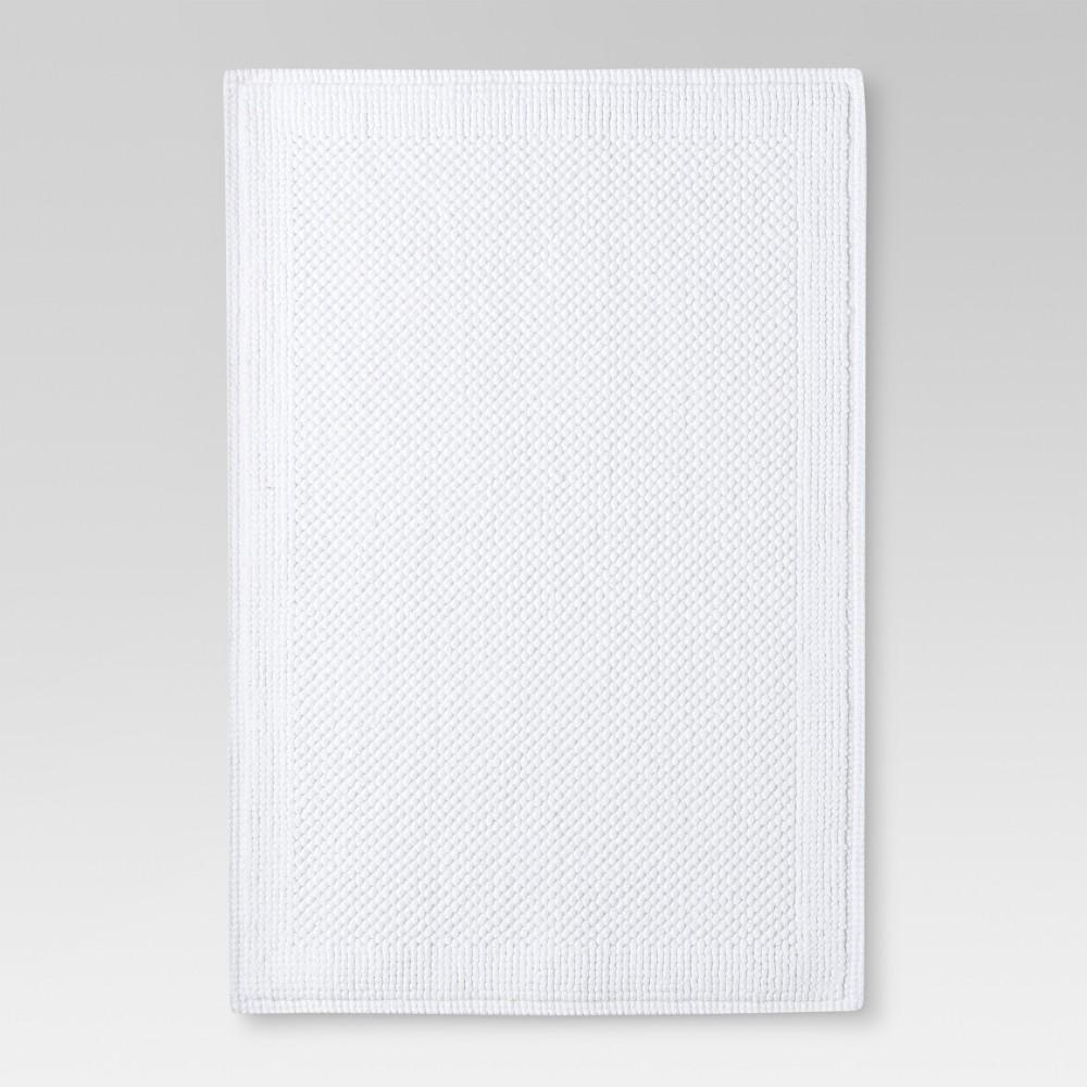 "30""x21"" Performance Textured Bath Mat White - Threshold"